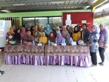 Pkm Dosen Pascasarjana Bersama Lppm Sosialisasi Pentingnya Konsumsi Ikan Di Kelurahan Sungai Bambu